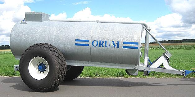 ØRUM Gyllevogne 8000L med 23,1x26 hjul