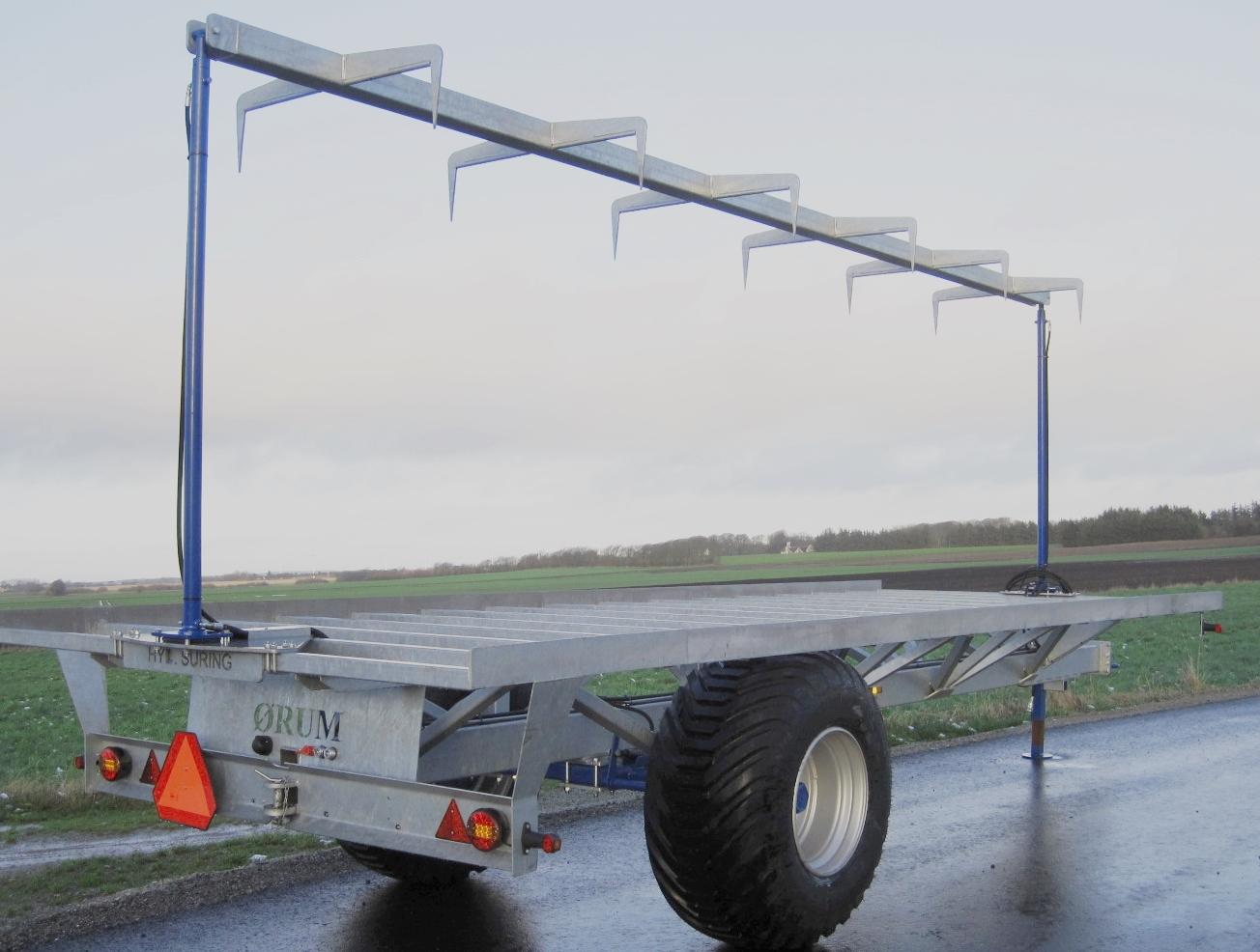 ØRUM Halmvogn med hydraulisk surring